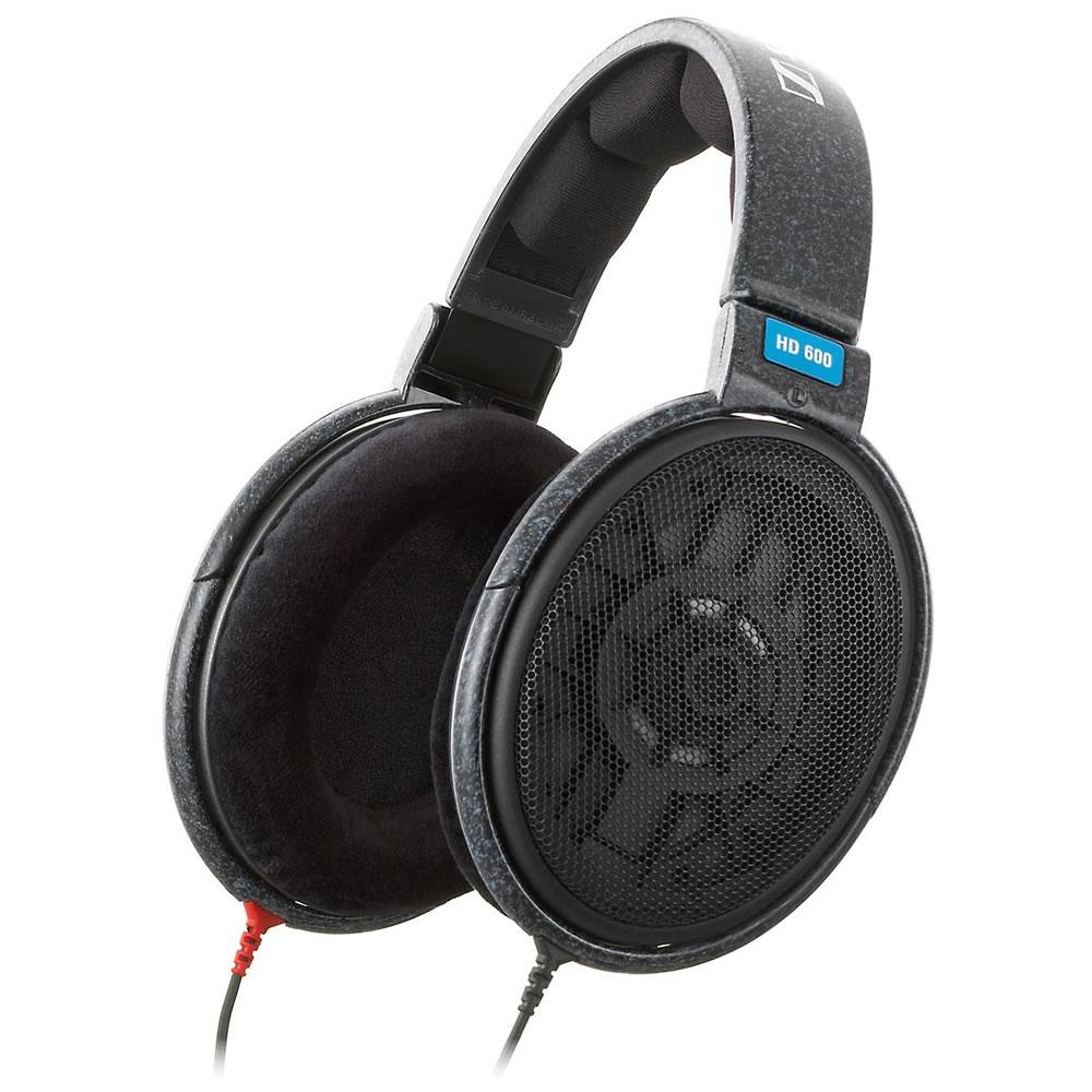 HD 600